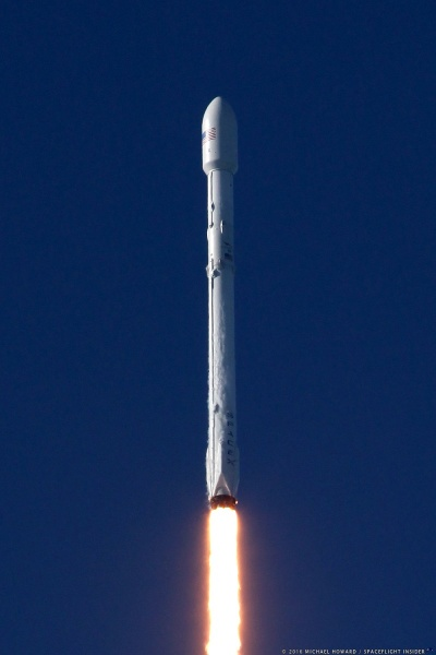 6572-spacex_falcon_9_thaicom8-michael_howard