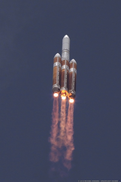 6862-ula_delta_iv_heavy_nrol37-michael_howard